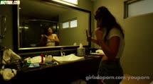 Деваха с большой грудью чпокнулась в отеле